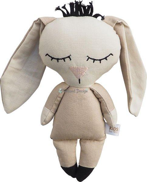 Bæklund Design laver bamser og dukker, som er bløde at holde om og pæne at se på